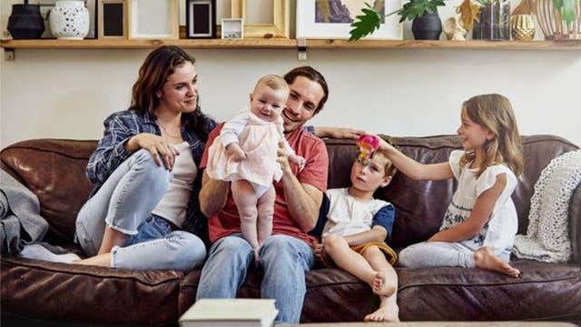 Si una mujer quiere tener un 90% de posibilidades de tener una familia de tres hijos, tiene que empezar a intentarlo a los 23 años de edad, según un reciente estudio holandés