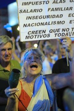 La ocurrencia y originalidad de los que participaron en la protesta del #8N. Foto: LA NACION / Santiago Greene