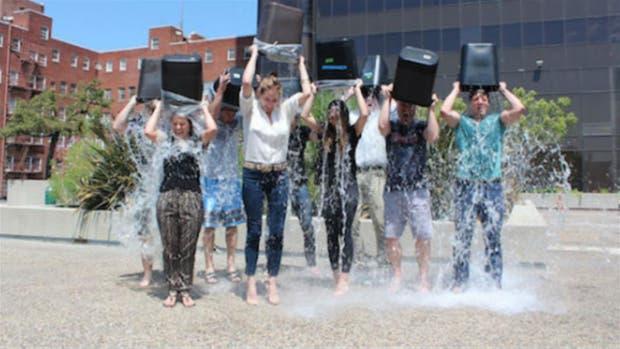 Miles de personas se sumaron al desafío Ice Bucket Challenge