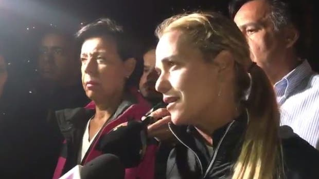 Lilian Tintori denuncia que aún no sabe nada sobre la salud de su esposo