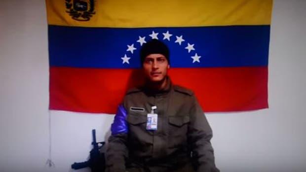"""El policía del helicóptero promete seguir la lucha por la """"liberación"""""""