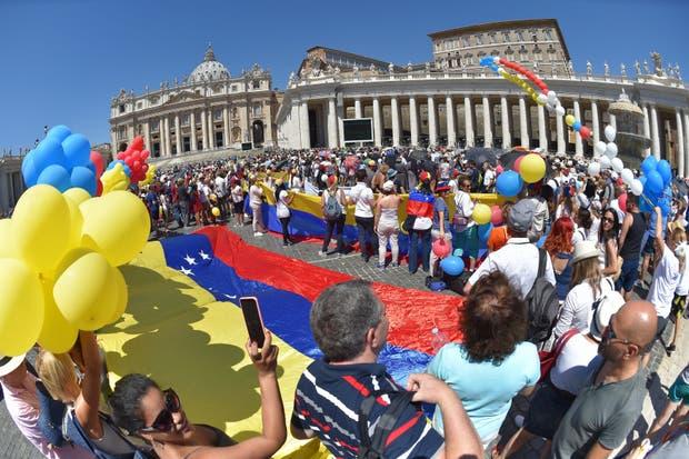 Venezolanos en las calles de Roma
