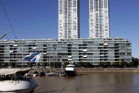 """Madero Center, el edificio donde funciona """"La Rosadita"""" y donde también vive el vicepresidente Amado Boudou"""