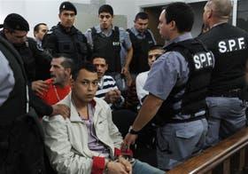 Al conocer la sentencia, uno de los condenados les gritó a los Berardi