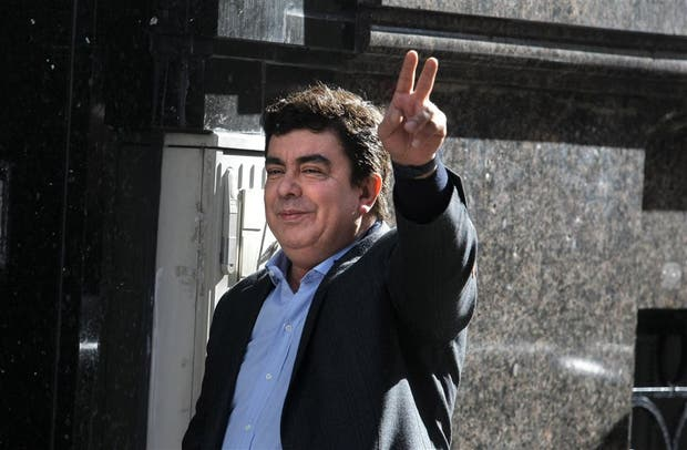 Espinoza, interlocutor con el randazzismo, ayer en el Instituto Patria