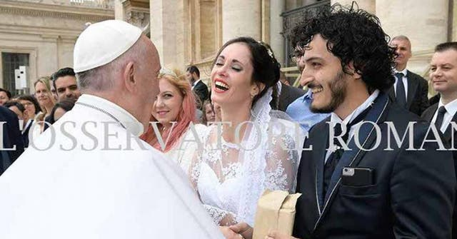El papa Francisco los bendijo en el Vaticano
