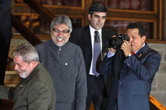 Junto a los ex presidentes Lula da Silva y Fernando Lugo en Bariloche en agosto de 2009. Foto: Archivo