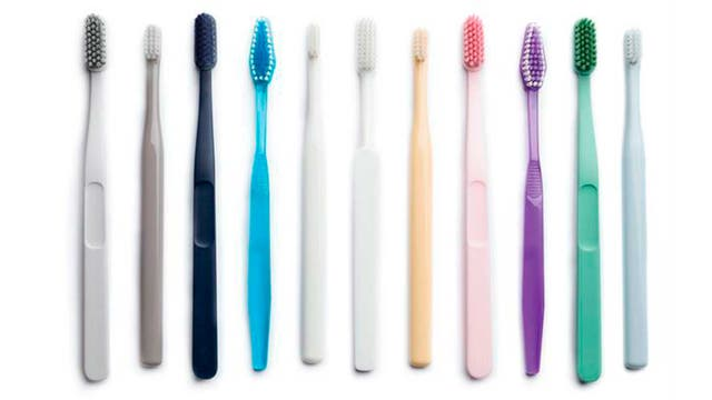 Llevar los dientes muy blancos es ahora una nueva exigencia estética