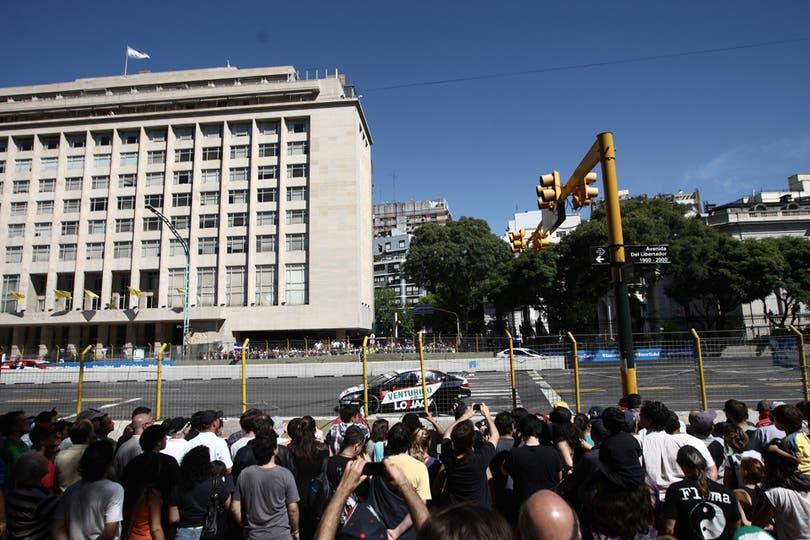 La ciudad vibró con el circuito callejero del Súper TC2000. Foto: LA NACION / Emiliano Lasalvia