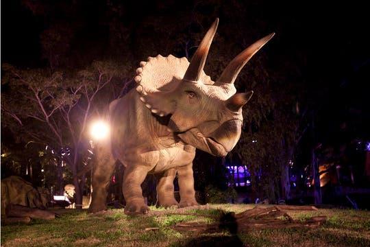 El triceratops mueve la cabeza y partes del cuerpo. Foto: LA NACION / Matias Aimar