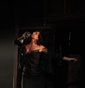 Nicola Beller Carbone interpreta a Pepita