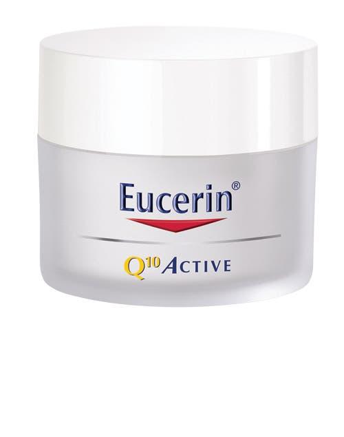 Crema facial de Dia Q10 Active. ConSodium Ascorby un derivado de laVitaminaCque mejora la regeneracion celular ($287, Eucerin).