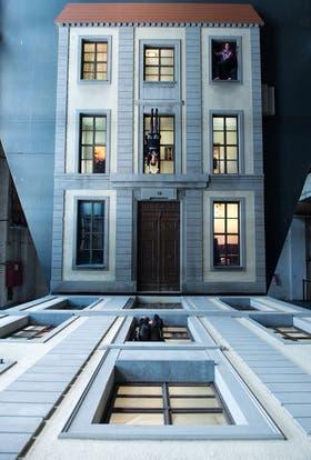 Leandro Erlich sorprendió con sus juegos de ilusión en Berlín (foto), París, Buenos Aires, Montevideo y Seúl