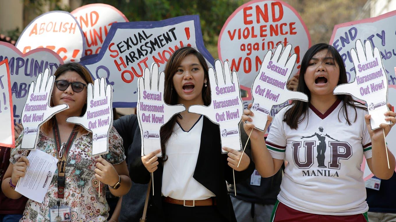 En Filipinas las mujeres marchan en defensa de sus derechos. Foto: AP / Aaron Favila