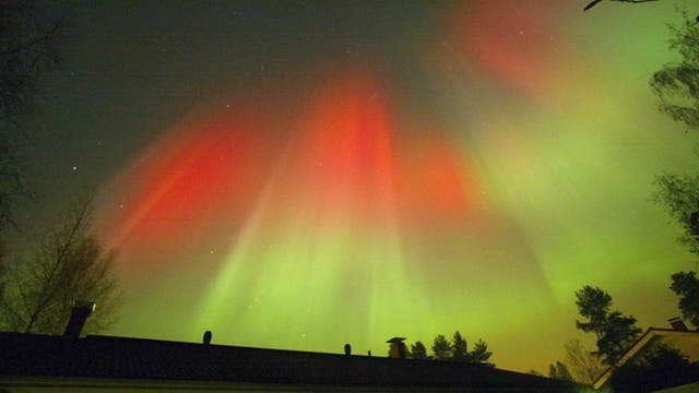 Una tormenta magnética provoca una aurora boreal en Islandia