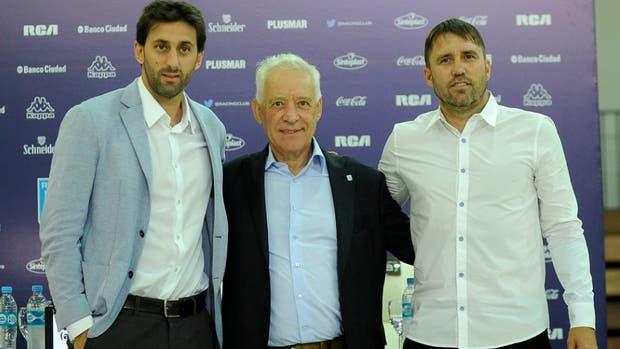 Milito y Coudet fueron presentados en Racing