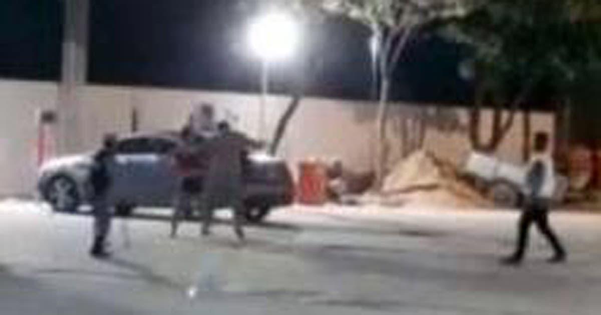 Filmaron a un concejal de Formosa golpeando a una mujer