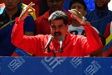 """En medio de la crisis, el chavista busca una """"reestructuración profunda de los métodos y funcionamiento del gobierno bolivariano"""""""