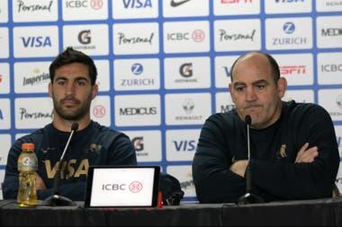 """De la Fuente y el entrenador Ledesma: """"Lo que más nos duele es haber jugado un tiempo bien y un tiempo mal, cuando sabemos que podemos jugar 80 minutos a buena intensidad"""""""