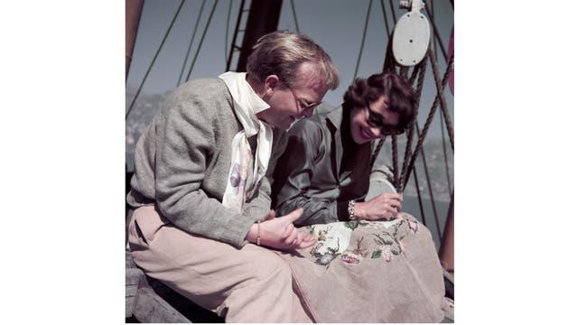 Truman Capote y Jennifer Jones en Ravello, Italia, en 1953. (Robert Capa/International Center of Photography/Magnum Photos)