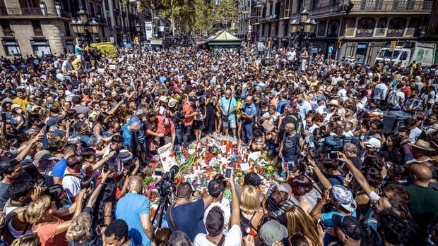 El homenaje a las víctimas del ataque en las ramblas de Barcelona
