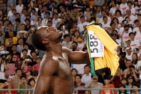 Bolt eliminado en los 100 metros mundialistas