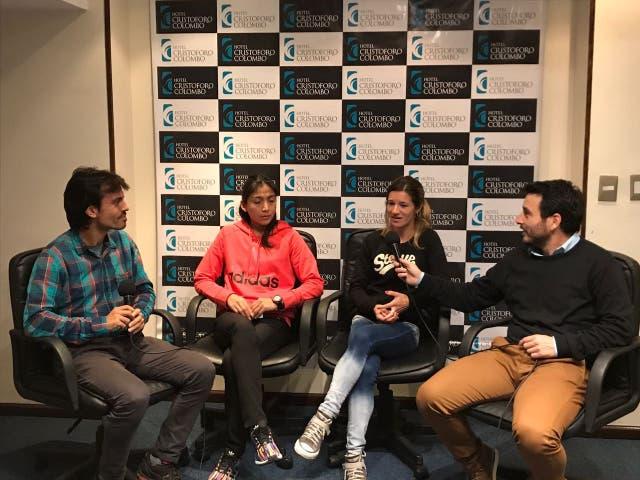 Los atletas Karina Neipan y Luján Urrutia en conversación con LNCorre