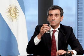 """Randazzo aseguró que el tren que chocó a otro en Castelar tenía """"los frenos nuevos"""""""
