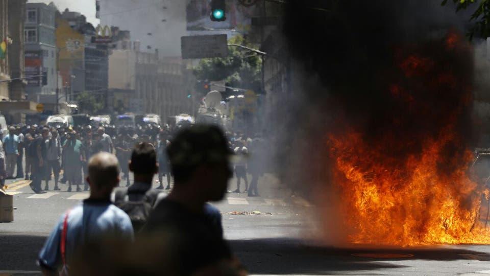Incidentes, corridas y pedradas en Once: la policía reprimió a los manteros. Foto: LA NACION / Emiliano Lasalvia