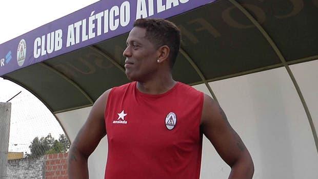 Rafael Santos Borré debutó con la camiseta de River Plate