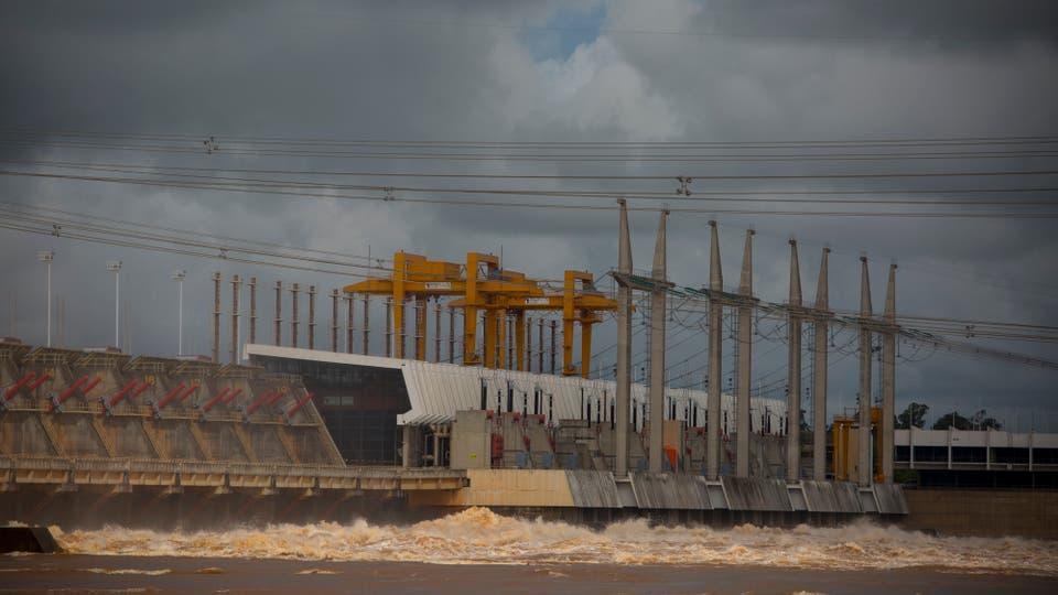 Las decisiones que se toman en la Comisión Mixta de la represa afectan a los inundados. Foto: LA NACION / Aníbal Greco