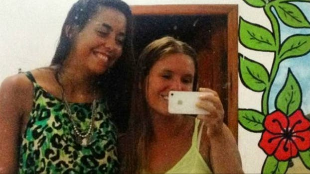 Marina y María José hace unos días en Montañita.