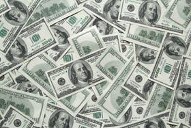 El dólar sigue por debajo de los $14, luego de tener algunos saltos en esta semana