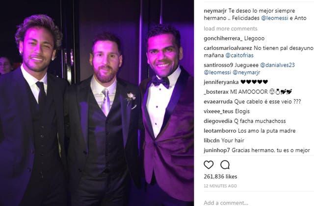Neymar, Messi y Dani Alves, una foto de los viejos compañeros de Barcelona