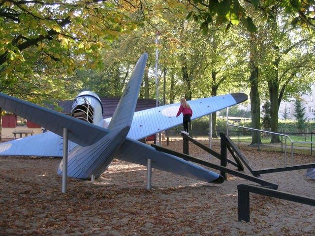 En Copenhagen Monstrum armó un triángulo de las Bermudas dónde desaparecen los aviones
