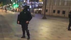 La policía custodia la zona