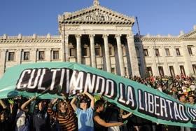 La norma fue impulsada por el gobierno de José Mujica