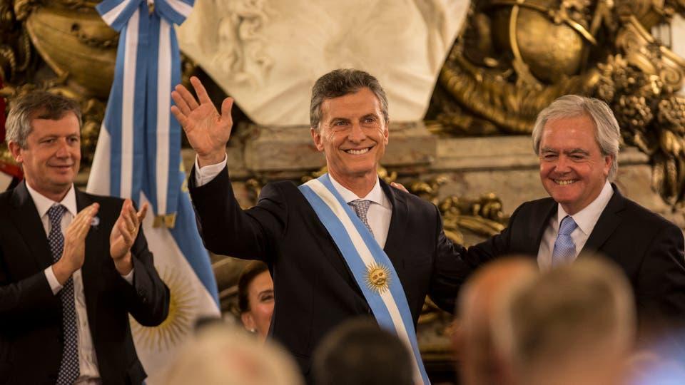 Pinedo duró más: Mauricio Macri Renunció a la presidencia de la nación.
