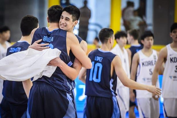 Argentina festejó ante Corea del Sur