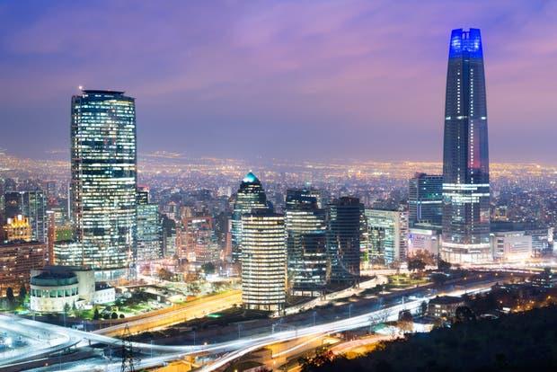 Una oficina en Santiago de Chile es más cara que Buenos Aires