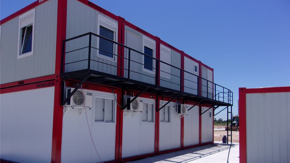 Son estructuras que tienen una vida útil de diez años y pueden transportarse y reutilizarse