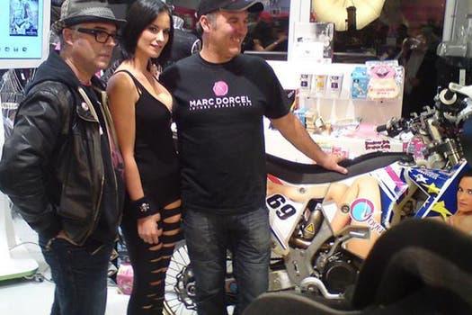 El francés Hugo Payen tiene como main sponsor a una productora rusa de cine pornográfico. Foto: Hugo Payen