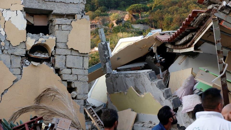 Ischia es una isla de origen volcánico y una zona que, según recordaron expertos, siempre fue de alto riesgo sísmico. Foto: AP