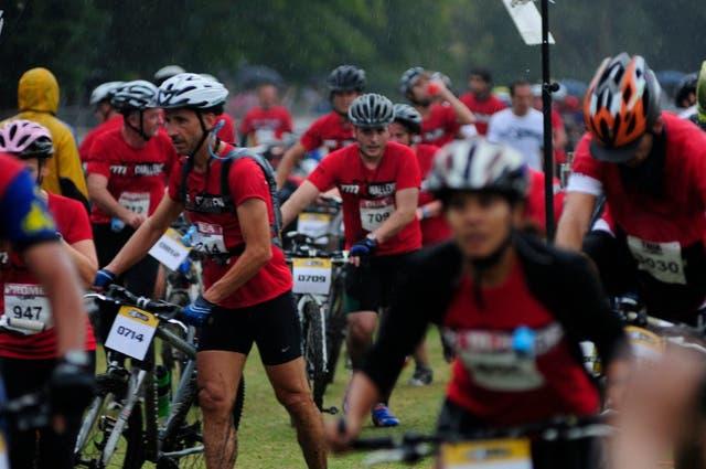 La lucha entre la lluvia y las bicicletas