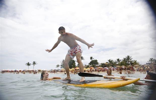 En la Playa Dos del Morro de San Pablo, calculan que más del 80% de los turistas son argentinos