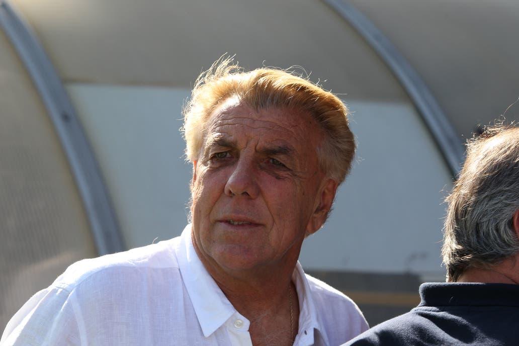 Mostaza Merlo fue internado por problemas cardíacos