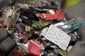 Desechos de celulares y baterías de Nokia