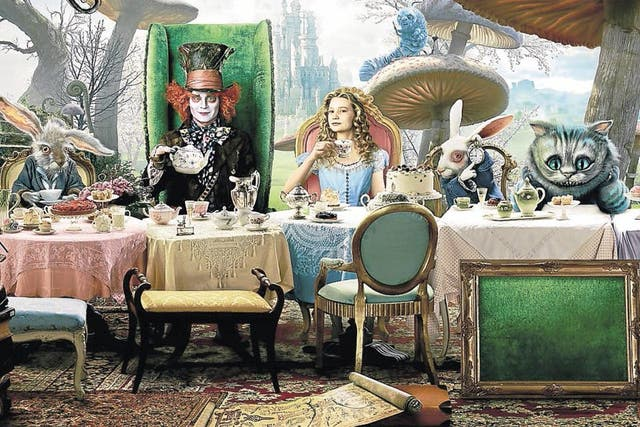 Alicia en el país de las maravillas, en la reciente versión fílmica de Tim Burton