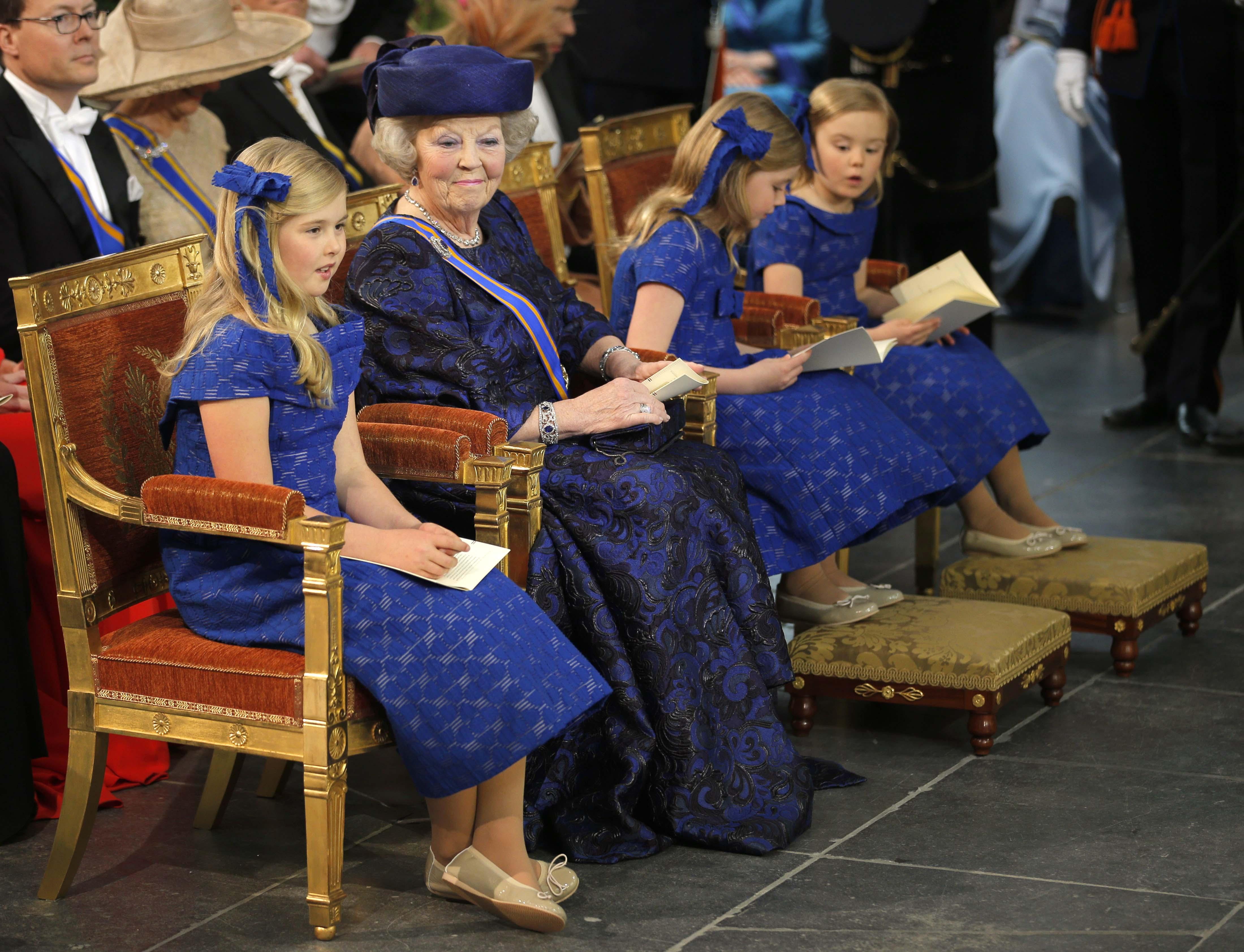 La princesa Beatriz, con las hijas de Guillermo y Máxima. Foto: /AP