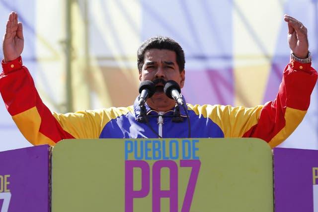 Maduro denunció que las protestas opositoras constituyen un golpe de Estado en desarrollo contra su gobierno